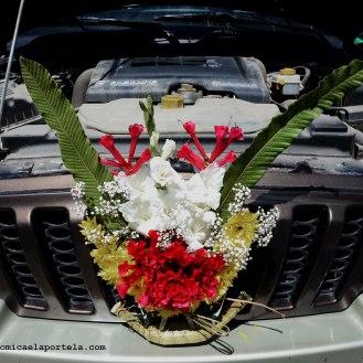 Auto adornado